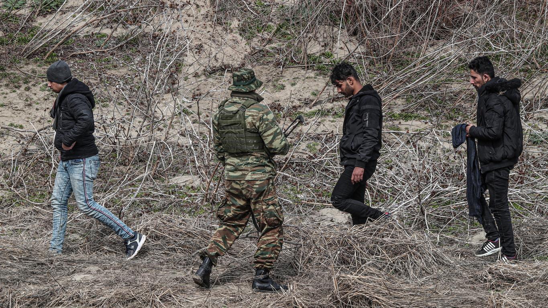 Гръцката армия започва днес военни учения по границата и е забранено преминаването на хора, съобщават от министерството на отбраната на южната ни съседка.