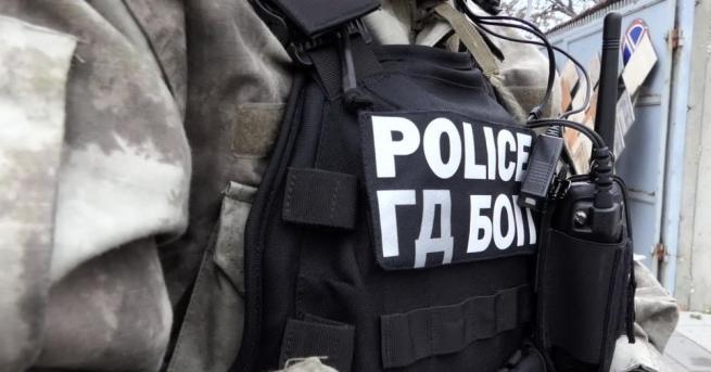 Специализираната прокуратура повдигна обвинения на шест души за участие в