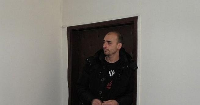 Братът на бившата звезда на Манчестър Юнайтед и Тотнъм Димитър