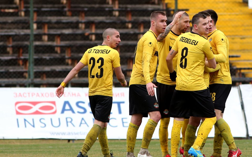 Ботев Пловдив набеляза футболист на Левски