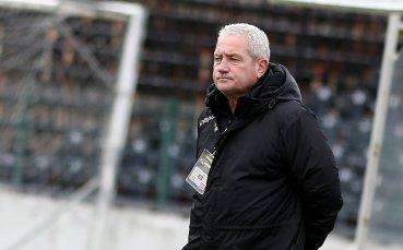 Ферарио взема мерки в Ботев преди мача с ЦСКА