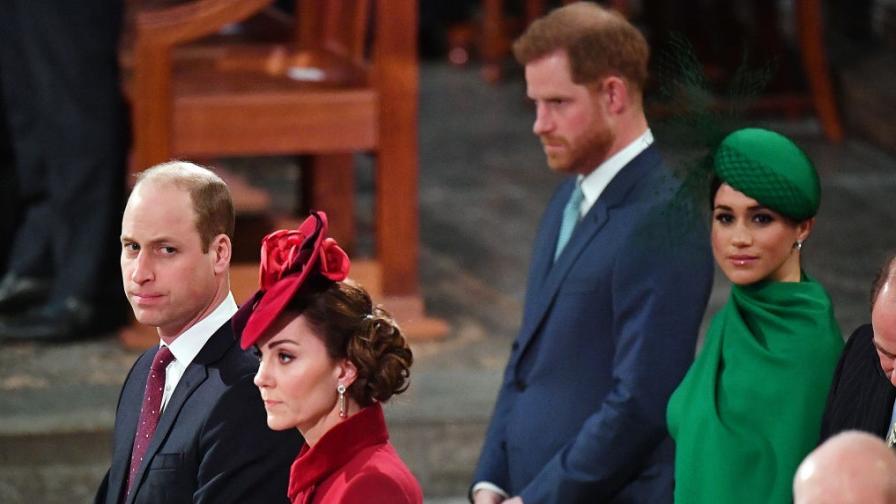 Драматично кралско събиране: Какво се случи между Уилям и Хари
