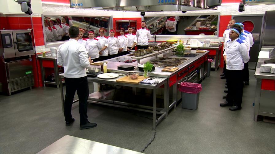 Суров женски гняв и неочакван обрат в червената кухня - тази вечер в Hell's Kitchen