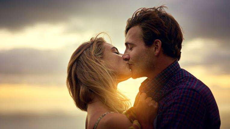 10 ползи за здравето от целувките