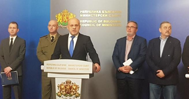 България Вицепремиерът: Българските граждани не спазват дисциплината В началото сме