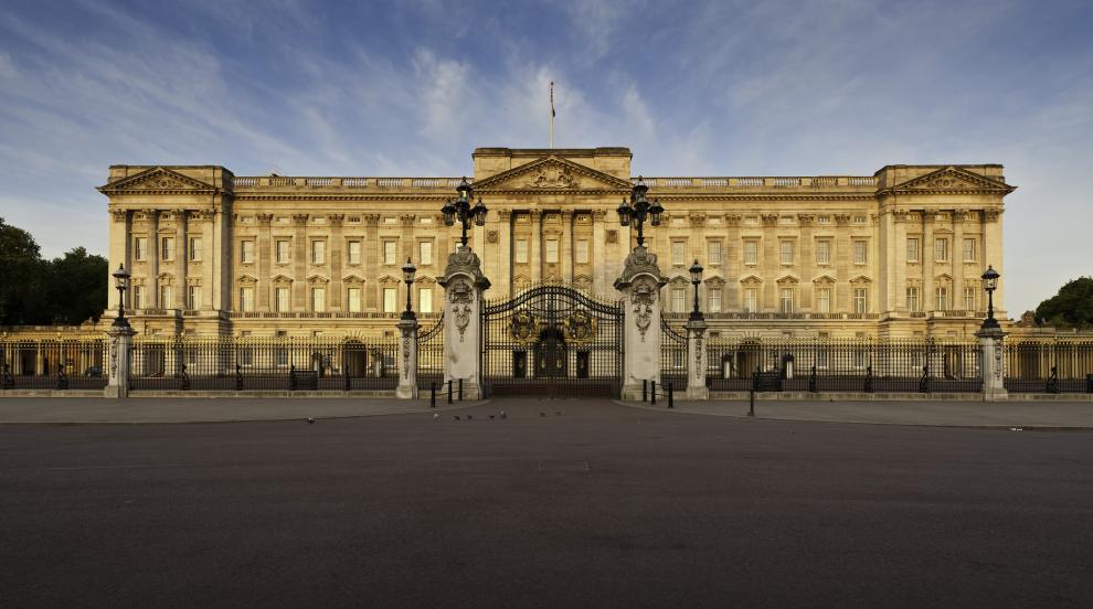Британското кралско семейство взе строги мерки за...