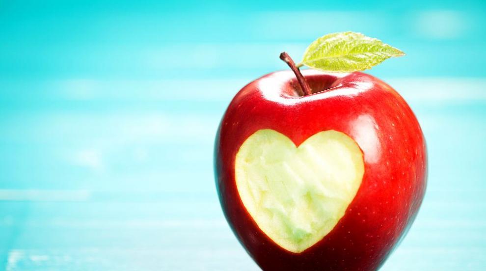 Не яжте ябълки вечер