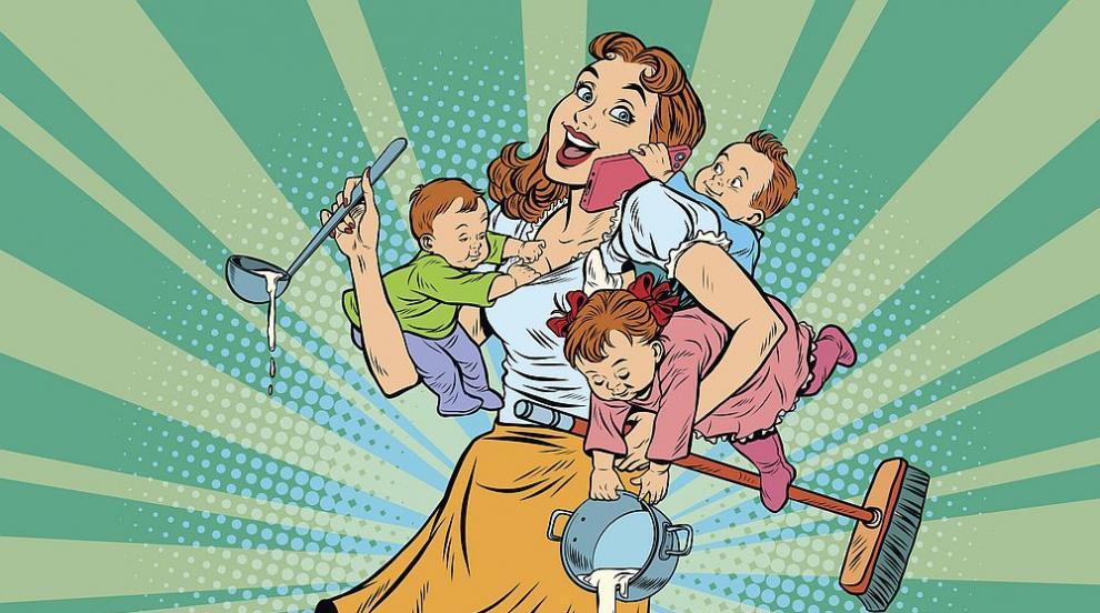 С деца в изолация: Как се справят популярните майки?...