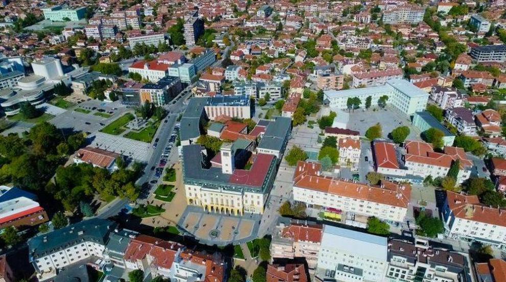 Община Сливен отменя всички събития от културния...