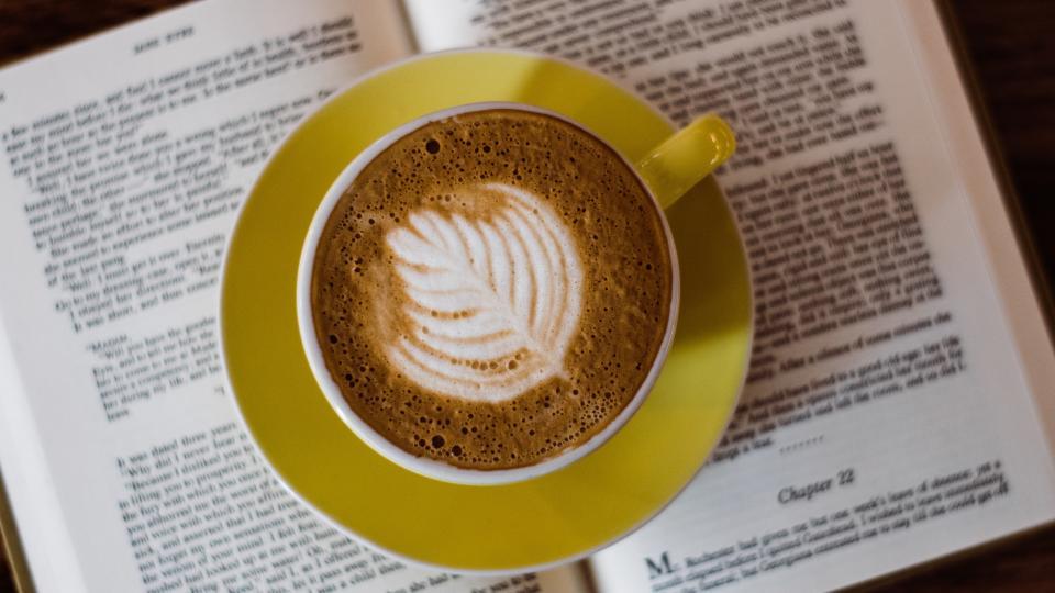 кафе книга уют сутрин