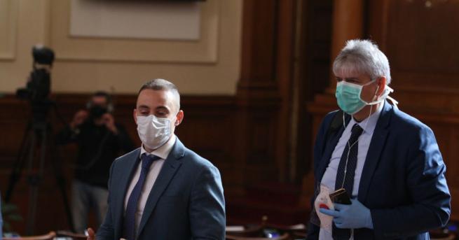 Люти спорове и ожесточени реплики си размениха депутатите в Народното