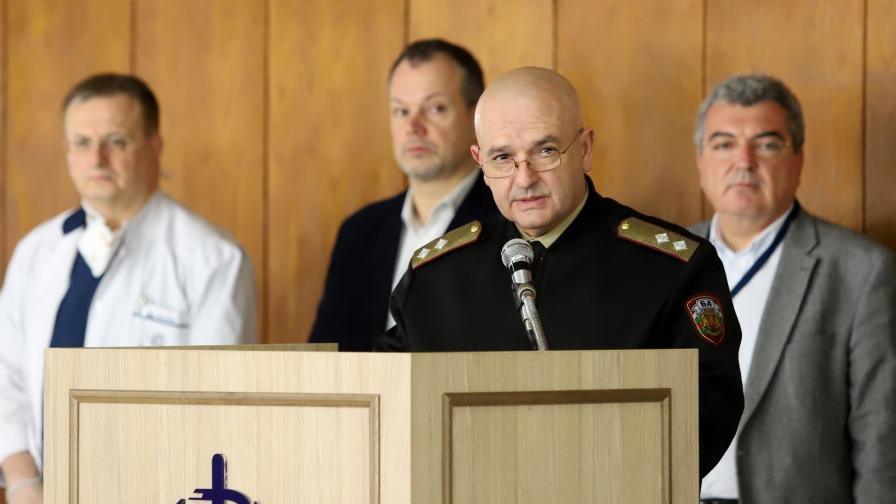 Трима души са излекувани от коронавирус в България