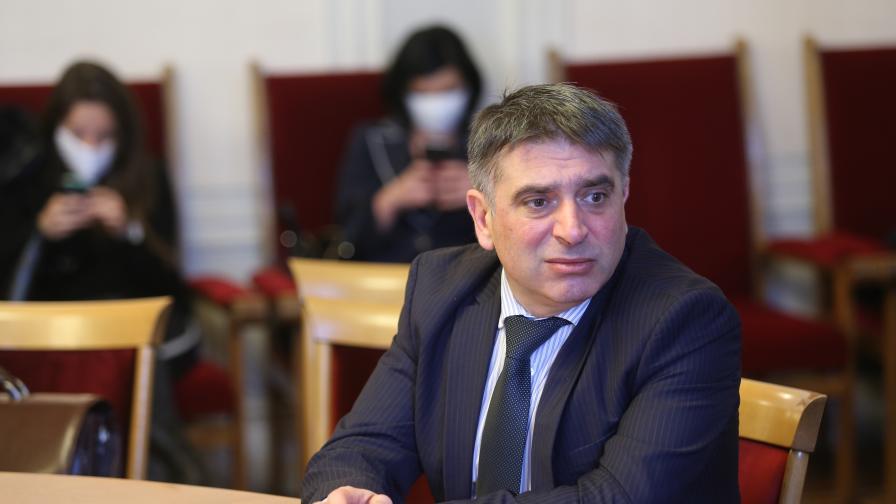 Кирилов поиска проверка на записите и снимките, свързани с Борисов