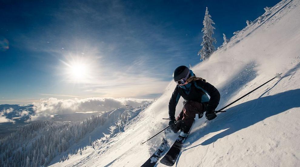 Мерките в зимните курорти: С маска на опашката за...