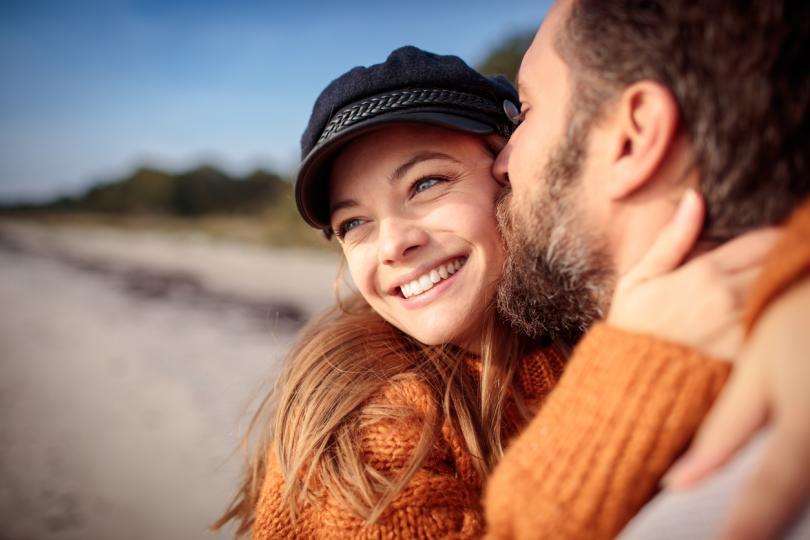 <p><strong>&bdquo;Оценявам те.&ldquo;</strong></p>  <p>Тази фраза е много по-добра от &bdquo;Благодаря ти&ldquo;. Докато &bdquo;благодаря&ldquo; обикновено е за конкретна ситуация, &bdquo;Оценявам те&ldquo; се чувства много по-лично. Показването на признателност позволява на партньора ви да знае, че всичко, което прави за вас, няма да остане незабелязано. Понякога всичко, от което се нуждаете, е малко признателност.</p>