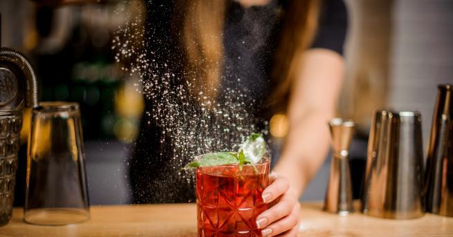 """Любопитно 5 коктейла, с които да си пожелаем Наздраве"""" Eдинственият"""