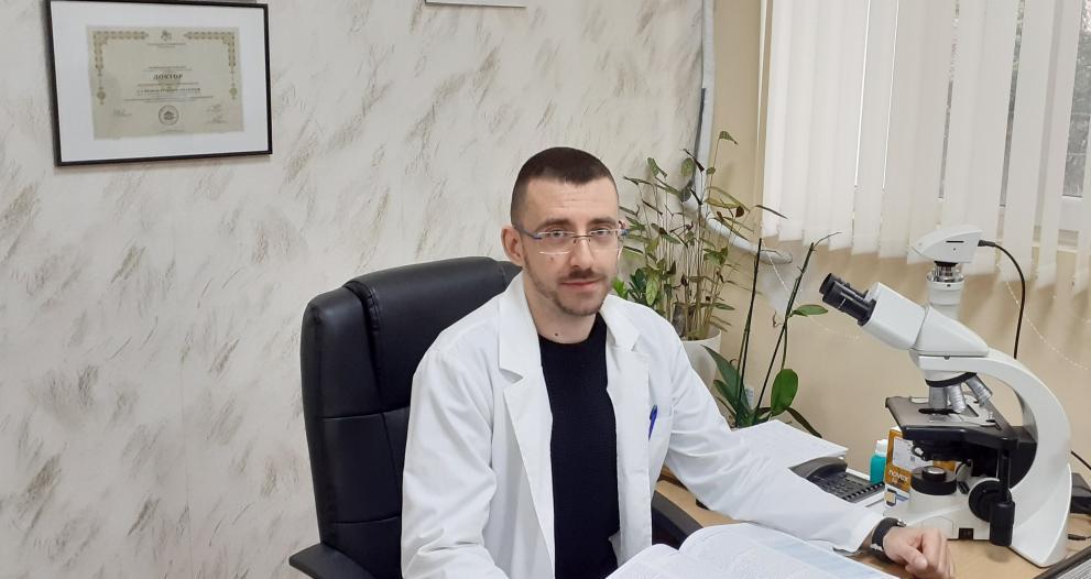 Студенти-медици от Тракийски университет са в готовност да се включат в борбата с COVID-19, а трима вече са на първа линия