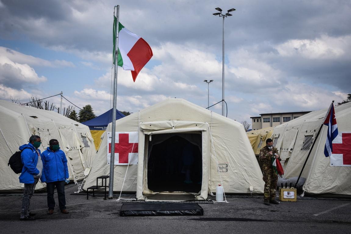 <p>Тридесет от членовете на този екип се бориха срещу епидемията от ебола в Западна Африка през 2014 г. по призив на Световната здравна организация (СЗО), добави ръководителят на екипа по време на церемония преди заминаването им от Хавана.</p>