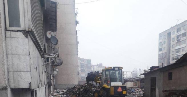 """Извънредна дезинфекция беше извършена тази сутрин в пловдивските квартали """"Столипиново"""""""