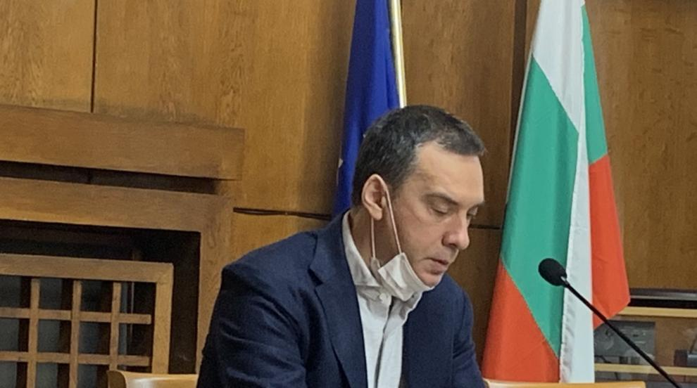 Кметът на Бургас: Обмисля се затягане на мерките в...