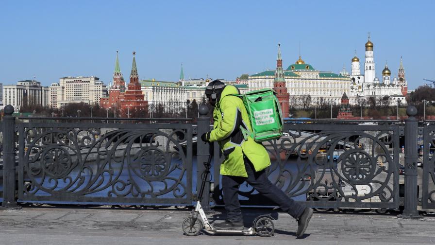 Русия изцяло затваря границите си