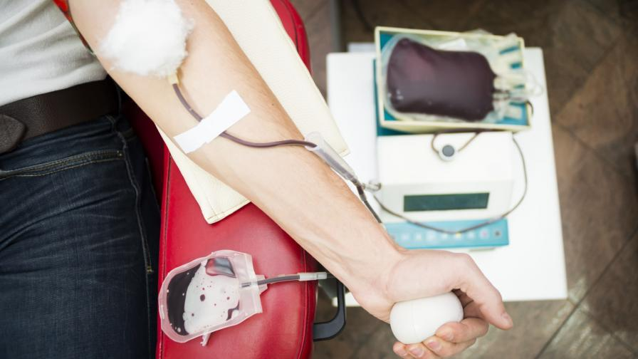 <p>На фона на пандемията, незаконната търговия с кръв процъфтява</p>