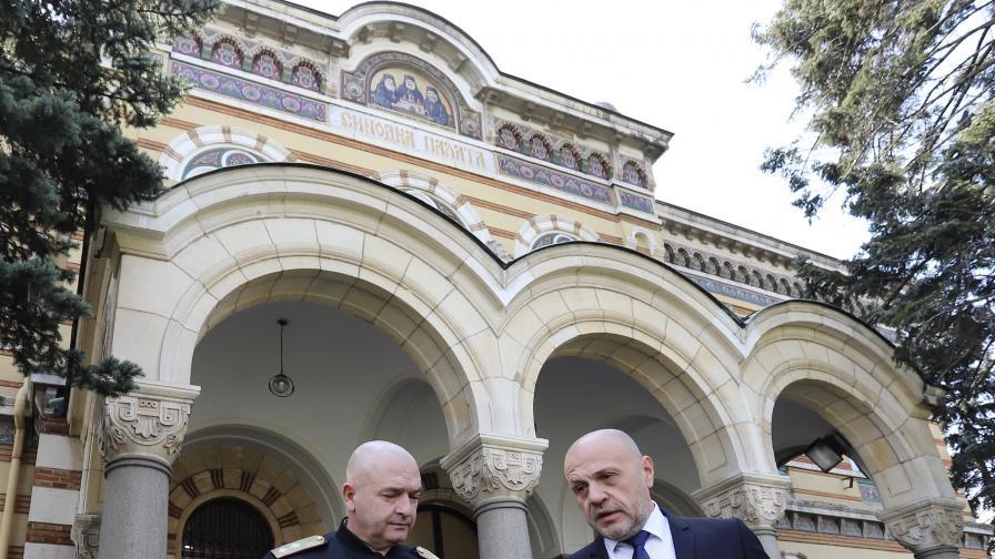 В Синодалната палата се проведе среща между вицепремиера Томислав Дончев, ген. Венцислав Мутафчийски и Св. Синод на БПЦ-БП.