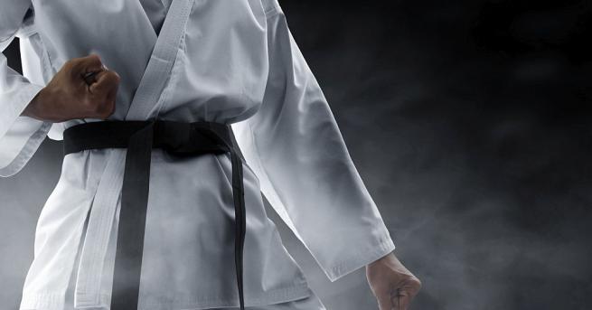 Специалист по бойни изкуства в Индия подобри Гинес рекорд, след