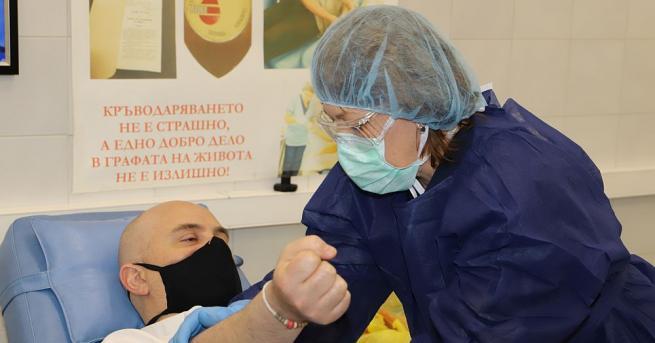 """Главният прокурор Иван Гешев се включи в кръводарителската акция """"Бъди"""