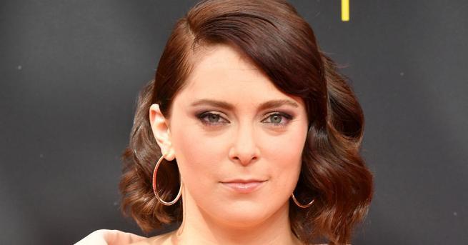 """Актрисата от """"Лудата бивша"""" Рейчъл Блум съобщи в Инстаграм, че"""