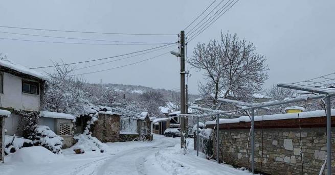 25-30 см е снежната покривка във високопланинските села в община