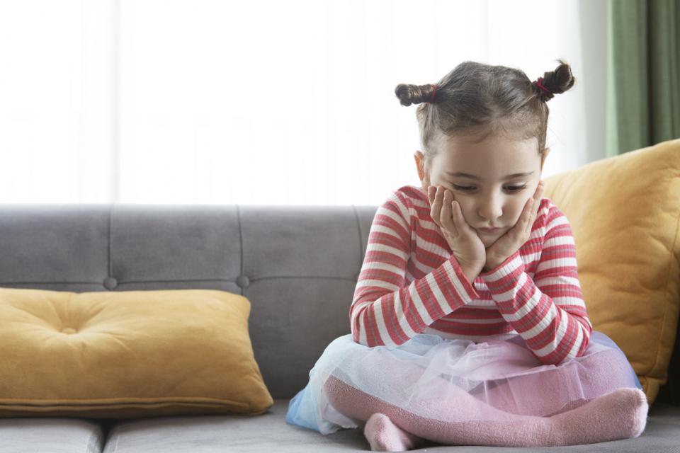 дете момиче четиригодишно