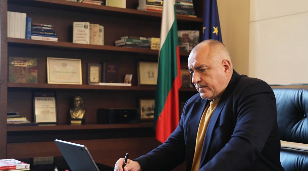 Борисов поздрави медиците: Поклон пред вашата...