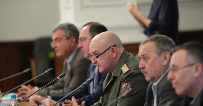 Националния оперативен щаб спира да дава брифинги. Това беше оповестено