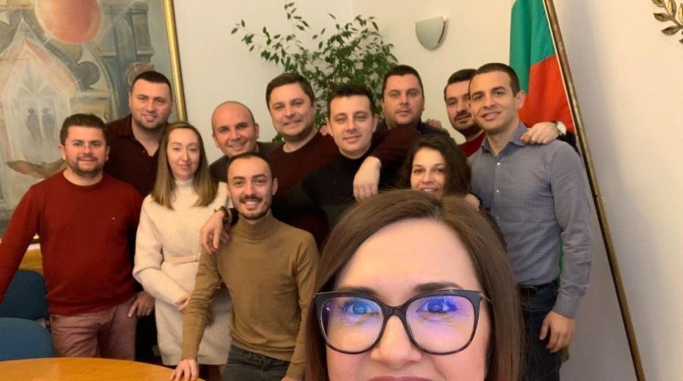Антоанета Асенова от младежкото ДПС е новият...