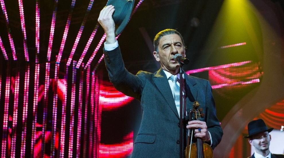 Ленард Коен донесе победа на Димитър Маринов в...