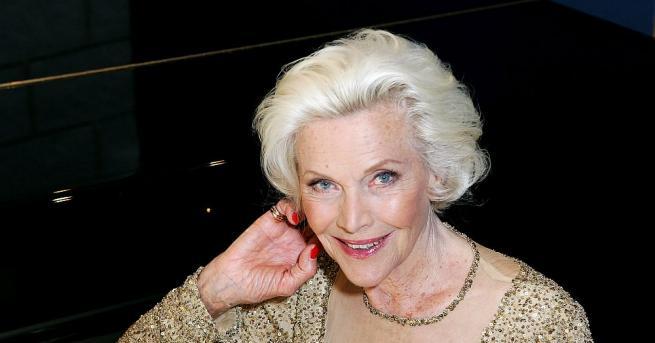 Британската актриса Онър Блакман, която стана известна с ролята си