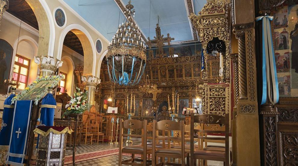 Манастир в сърцето на Киев огнище на коронавирус с...