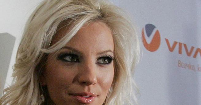 Верните фенове на попфолк певицата Емилия вероятно са забелязали нейното