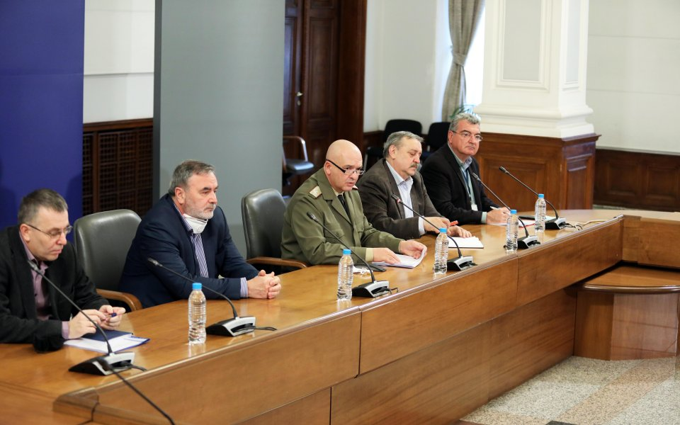 Пандемията от коронавирус гаснев България. COVID-19 е намалил силата си