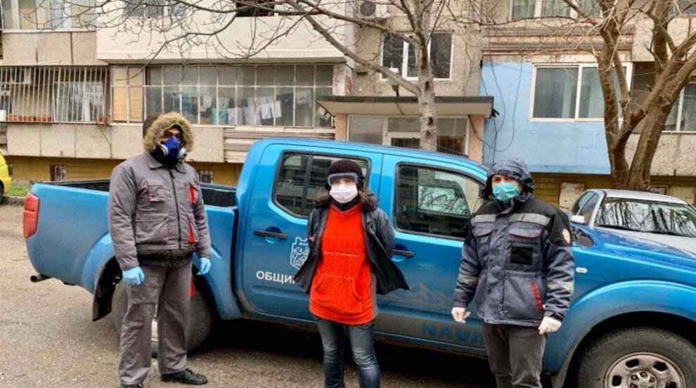 394 души са потърсили помощ от доброволците към Община...