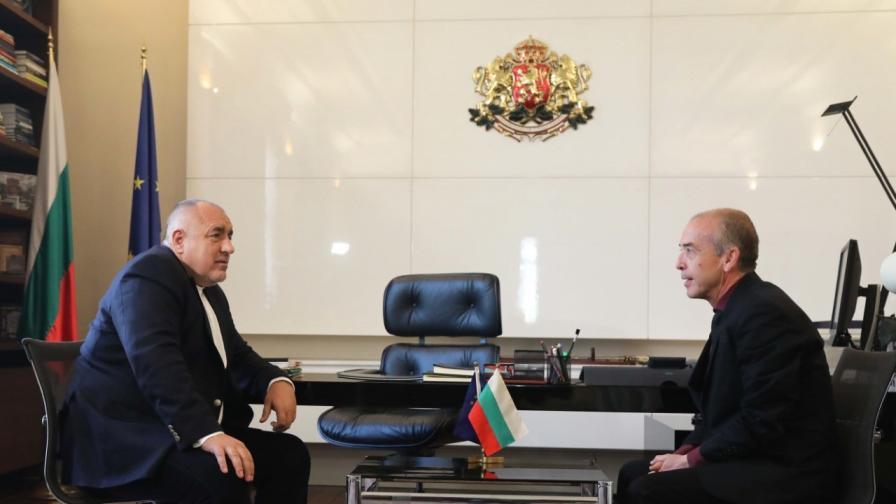 <p>Борисов към Мангъров: Говорим за едно и също, ти го обясняваш по един начин, Щабът по друг</p>