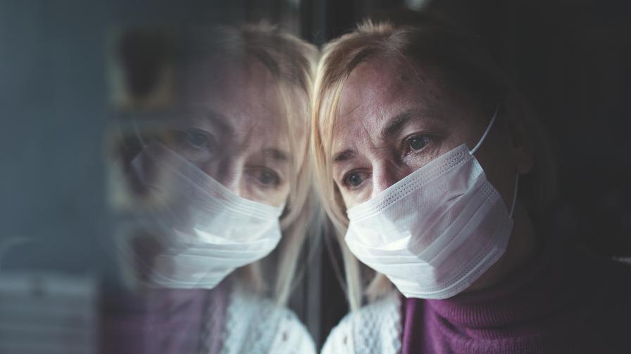 Жена, заразена с COVID-19: Приятелите ми дори не искаха да говорим по телефона