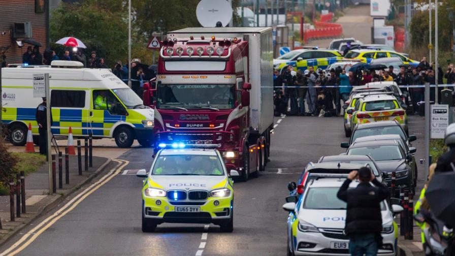 """Виетнам осъди 7 души заради """"камиона-ковчег"""" във Великобритания"""