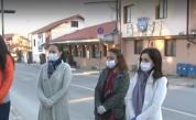 Почват бързите тестове за кронавирус, в Банско искат още