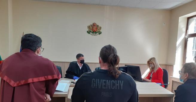 На 6-месечна пробация и 5000 лв. глоба осъди Пловдивският районен