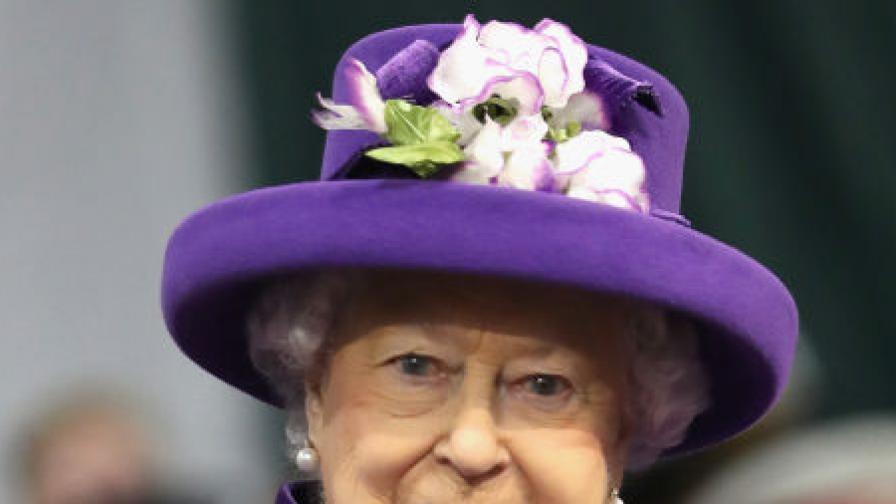 Карантина като за кралица: Дворецът, в който Елизабет II се крие от вируса