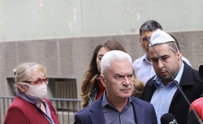 Сидеров обвинен в две престъпления, наложиха му 50 000 лева парична гаранция
