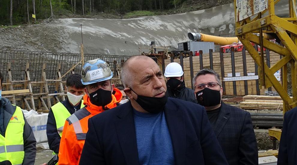 Борисов и Нанков инспектират строежа на