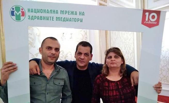 Стефан Коларов и колегите му
